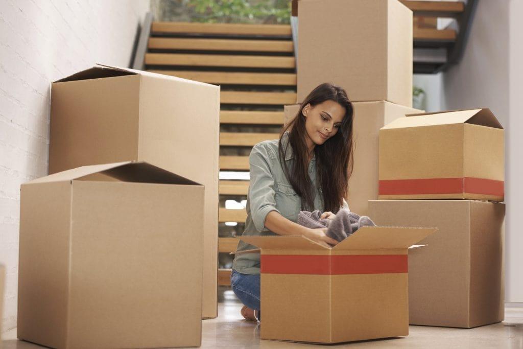sử dụng thùng carton để chuyển nhà