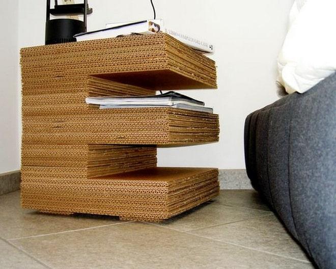 kệ đựng sách bằng thùng carton