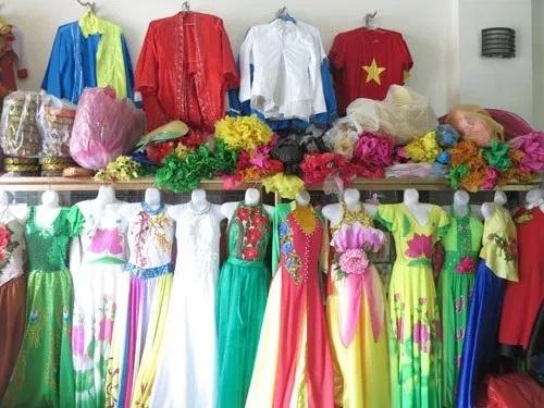 làm kinh tế nhỏ tại nhà bằng việc mở cửa hàng cho thuê trang phục biểu diễn
