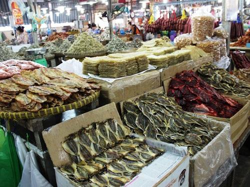 bước đầu kinh doanh nhỏ bán hải sản khô