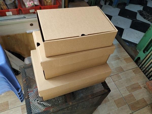Thùng carton chống thấm xuất khẩu